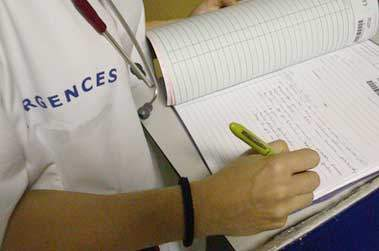 infirmier-urgences-dossier-g