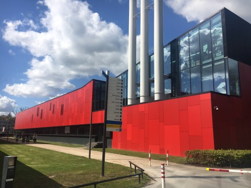 University of Twente - MESA+ NanoLab