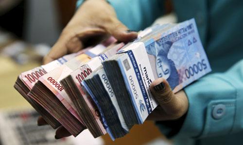 Produk Dana dan Jasa Perbankan