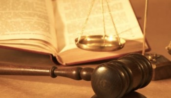 hukum perbankan dan peraturan perbankan di Indonesia