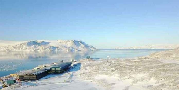 raising temperatures in Antarctica worries so much