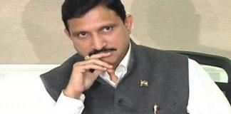 twitter war between mp vijayasai reddy and mp sujana choudary