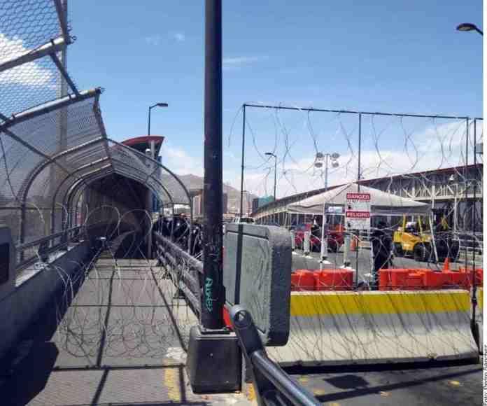 Migrantes protestan en puente de Ciudad Juárez