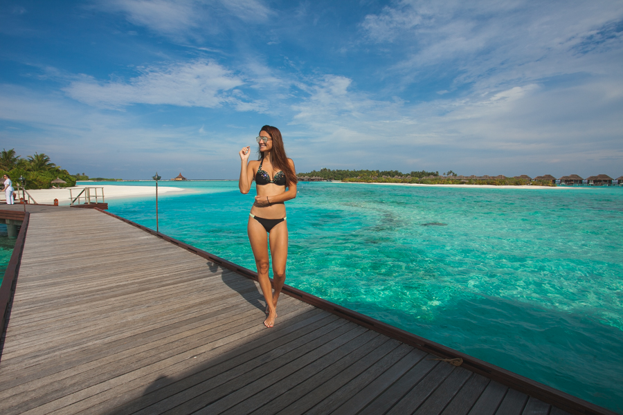 girl at anantara maldives