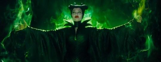 Angelina-Jolie-in-Maleficent-Trailer