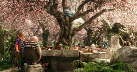 Magical-Movie-Alice-Through-the-Looking-Glass-1024x540