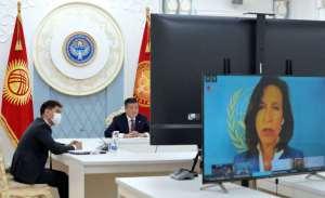 Президент КР предлагает реструктуризировать внешний долг