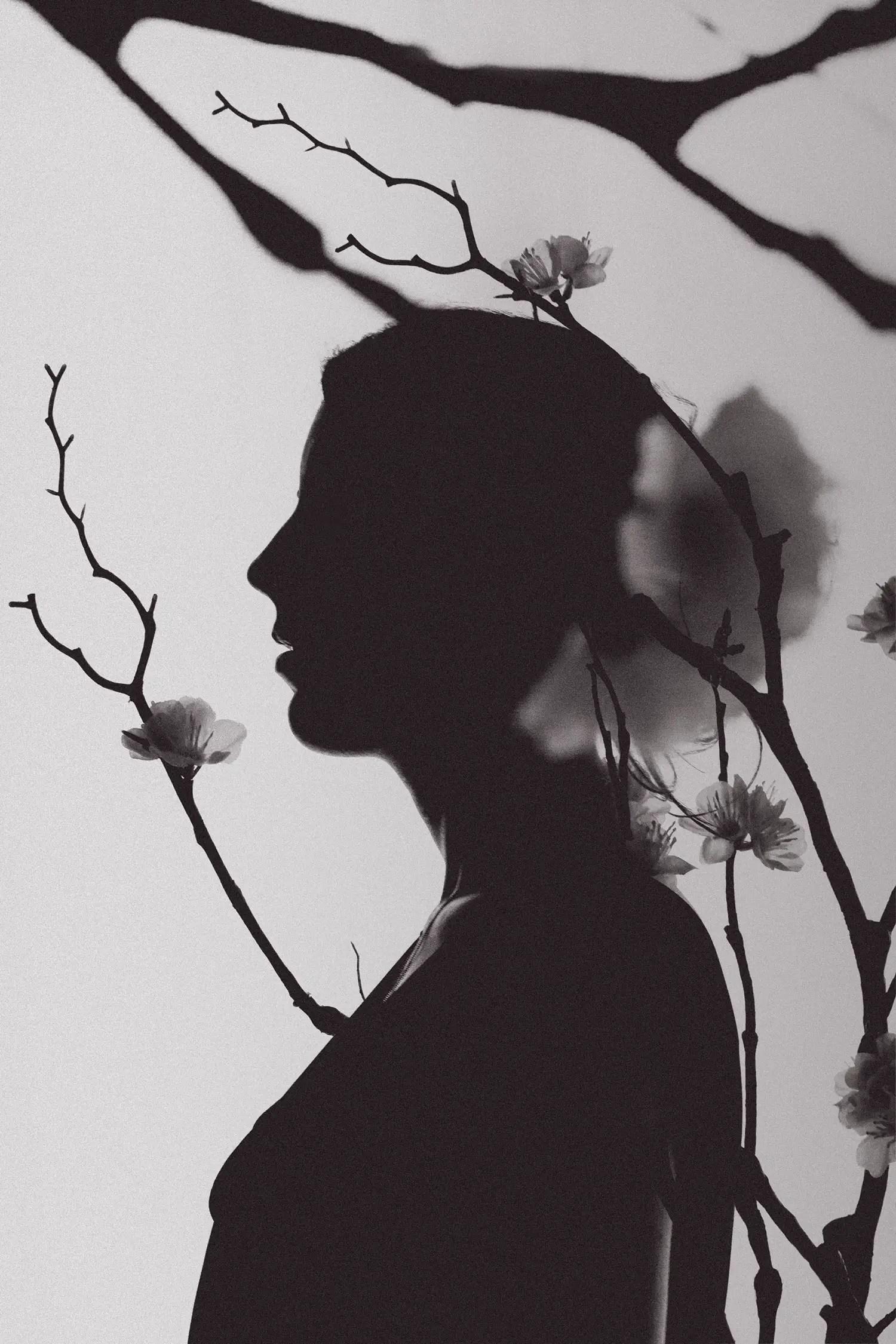Photographie femme clair-obscur