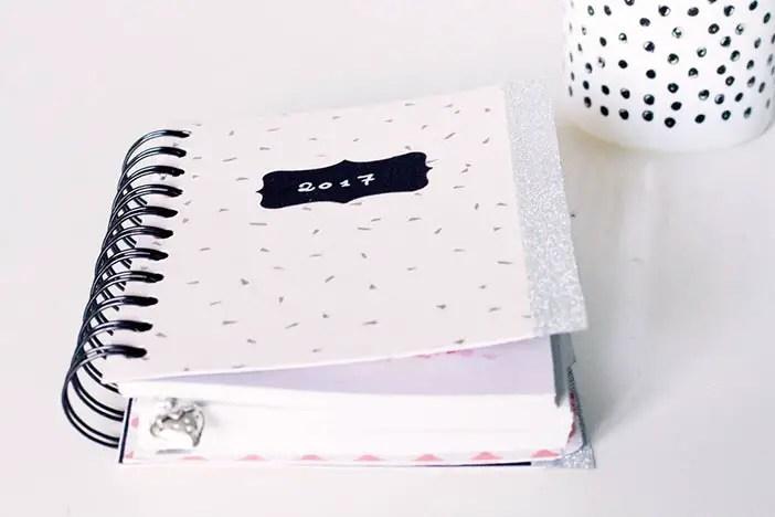 DIY agenda, pour créer un agenda 100% personnalisé !
