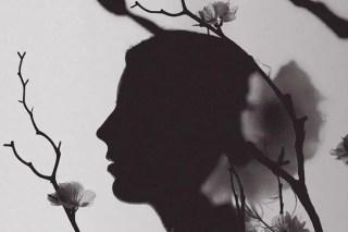 Femme aux 1000 visages graphic