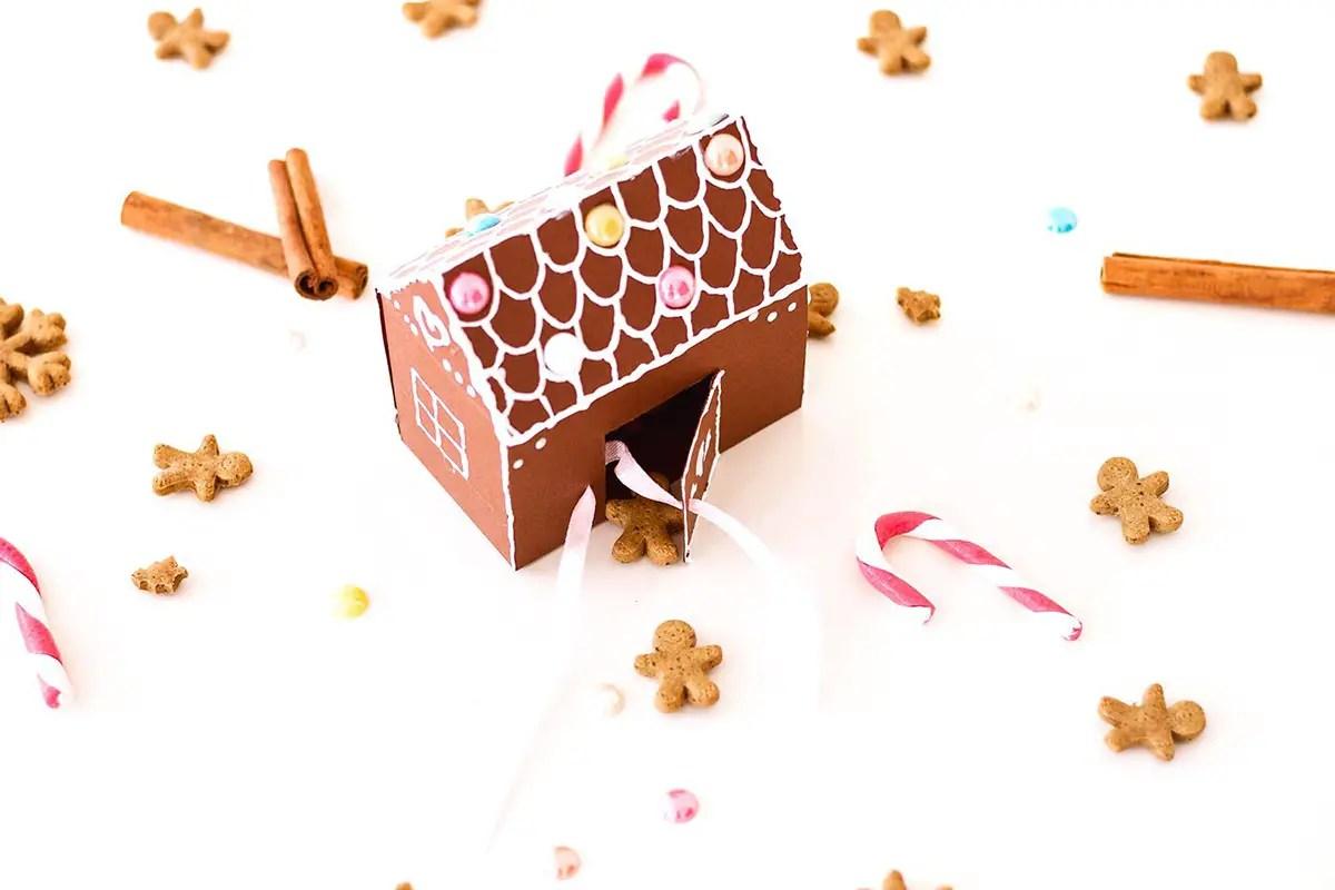 DIY maison en pain d'épices à offrir – boîte pour sablés de Noël