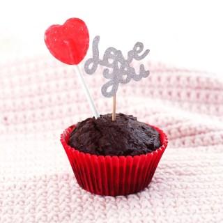 Recette de muffins au cacao pour la Saint-Valentin (sans gluten, sans oeufs, sans arachides et sans sucre) graphic