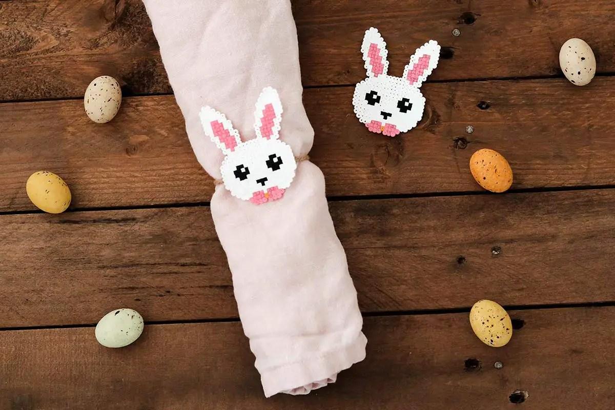 Déco de Pâques : un rond de serviette «lapin»