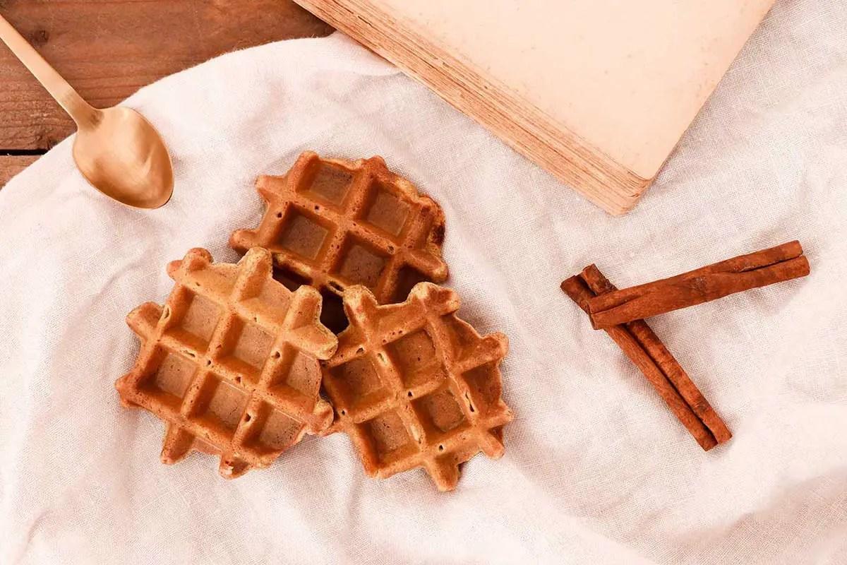 Recette à la cannelle : des gaufres sans gluten et allégées