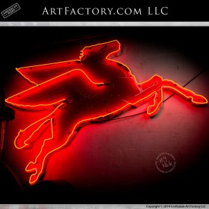 neon Mobil Pegasus sign