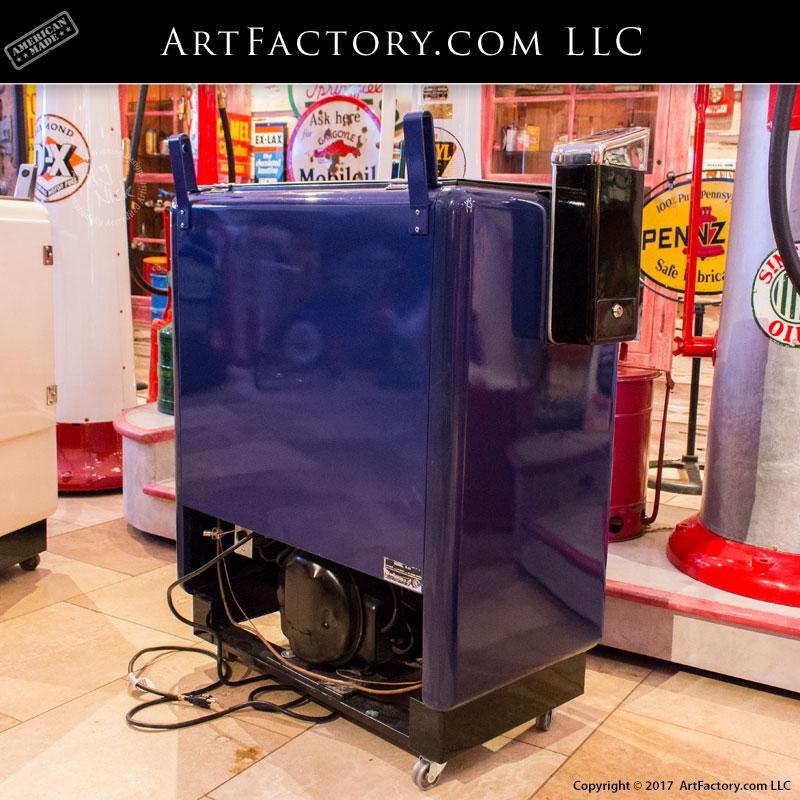 Vintage Pepsi Cola Embossed 10 Cent Soda Machine - PCV55