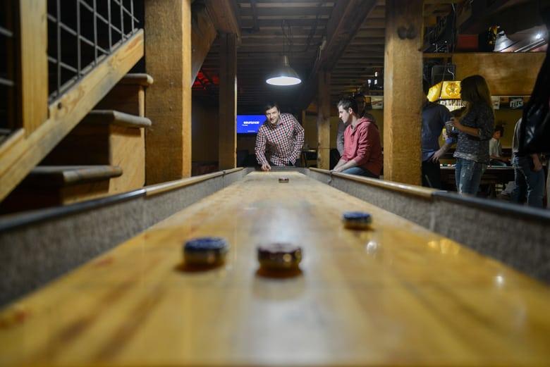shuffleboard table rules simple