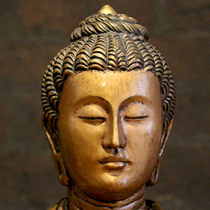 Buddha statue in Vajra Hall