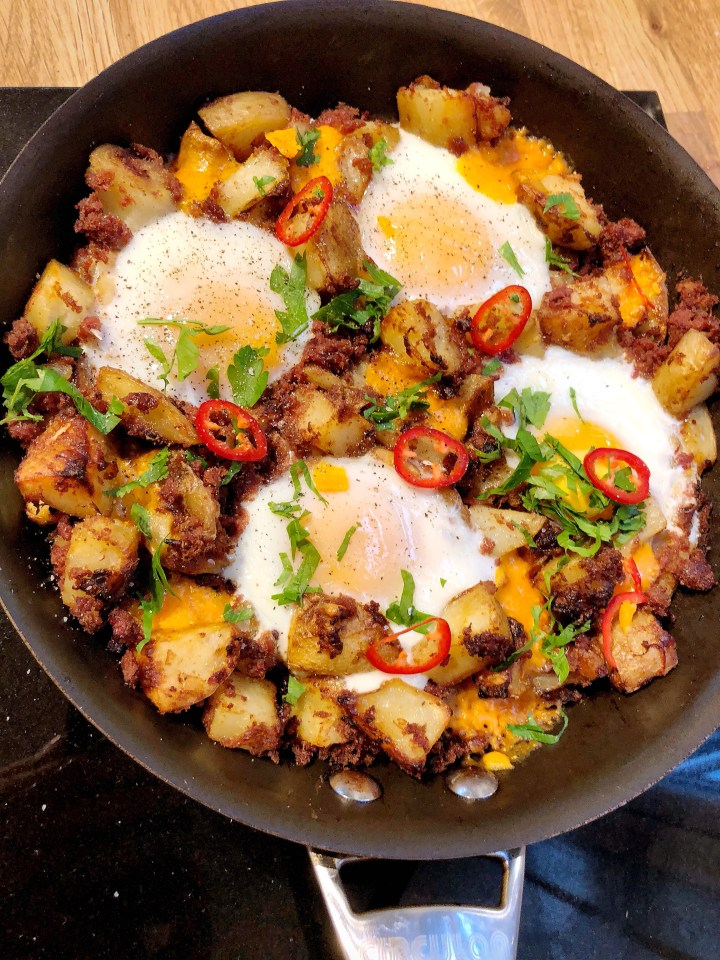 Home Cook:- Simple Corned Beef Hash
