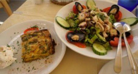Lunch Santorini Style.