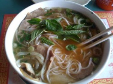 pho golden bowl