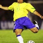 Roberto Carlos è mancino
