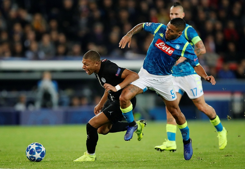'Amazing Signing' 'Good Player But No Thank You' – Fans Divided On City's Interest In Serie A Midfield General