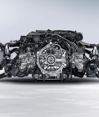 2014 Porsche 911 Turbo S Motor Detail Komponenten Ladeluftkühler Turbolader Boxer