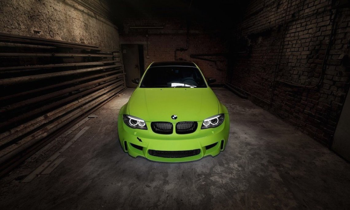 bmw-1m-coupe-front-irie-green