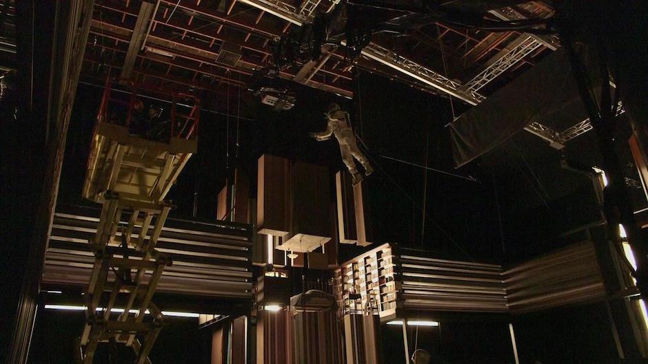 Tesseract Interstellar Cooper Flying BTS Behind The Scenes Christopher Nolan Matthew McConaughey Hollywood Film
