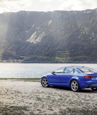 Audi A4 B9 Arablau heck See Berge Sonnenuntergang Limousine