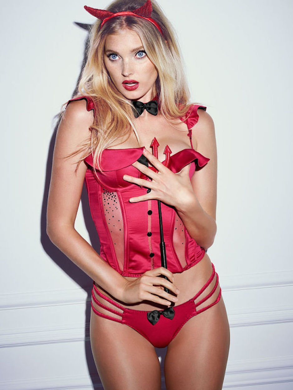 victorias-secret-elsa-hosk-halloween-devil