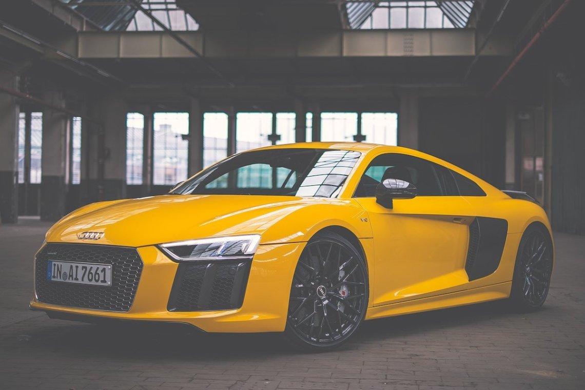 Audi R8 V10 plus Vegasgelb Totale Profil