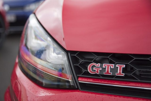 VW-Golf-GTI-Clubsport-S-Front