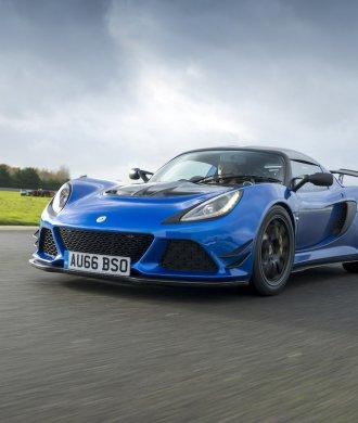 Lotus Exige Sport 380 Rennstrecke Racetrack Test Review Fahrbericht blau Sportwagen V6 Kompressor Andre Aust England