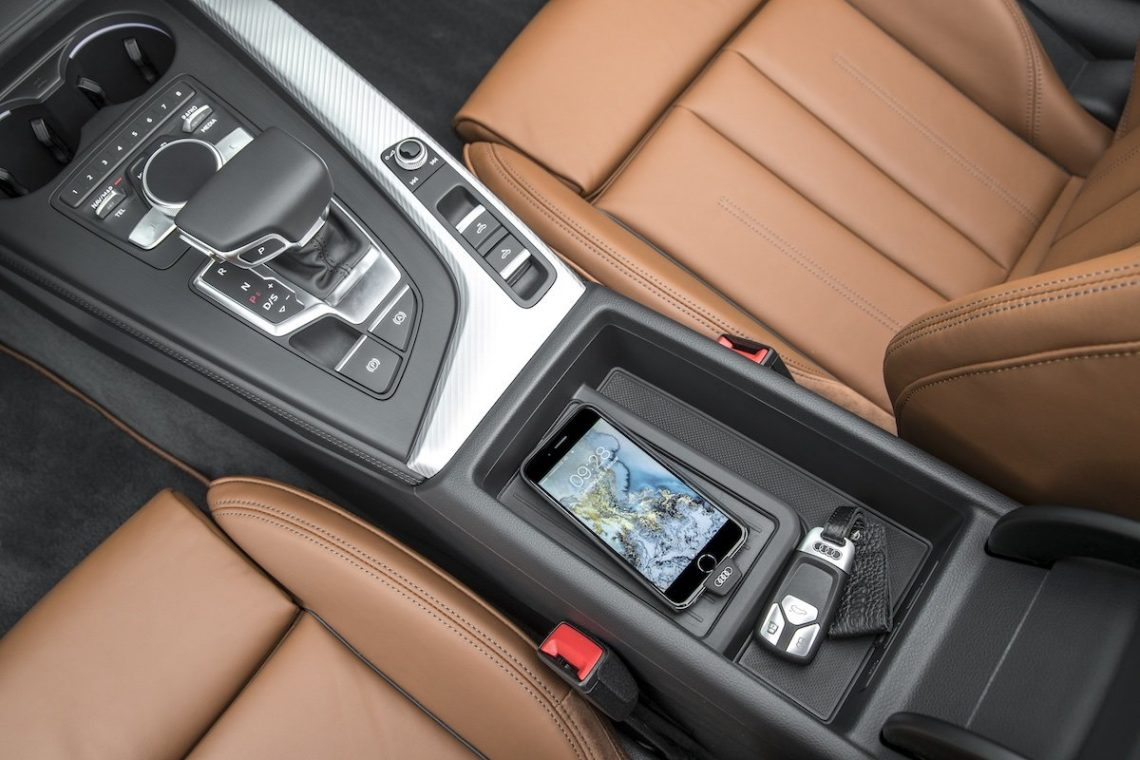 Audi A5 Cabriolet 3.0 TDI Audi induktive Ladehülle iphone 6 Mittelkonsole Qi