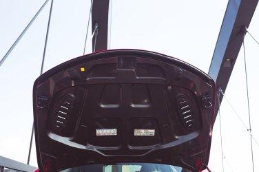 Alfa Romeo Giulia Quadrifoglio rot Carbonmotorhaube