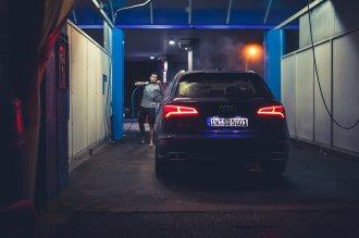 Autowäsche von Hand