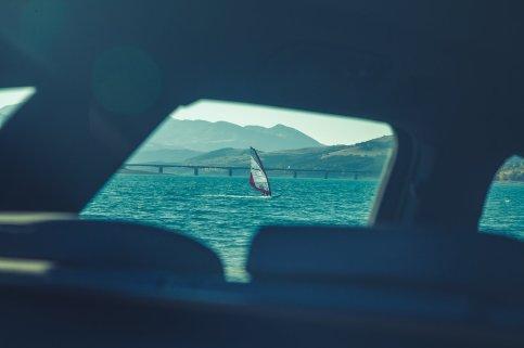 Surfer auf See