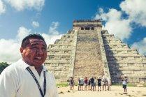 Guide vor Chichen Itza Tempel Yucatan