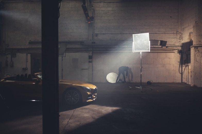 Halle Fotoshooting Automobil