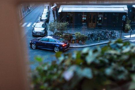 Audi RS3 Limousine Fenster Markise Kurve Strasse