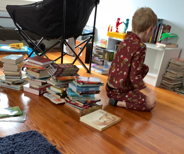 Kid decluttering books.