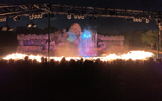 Lake on fire at Fantastic show at Hollywood Studios
