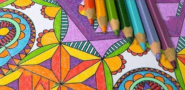 La Combinazione Perfetta Matite Colorate E Mandala Da