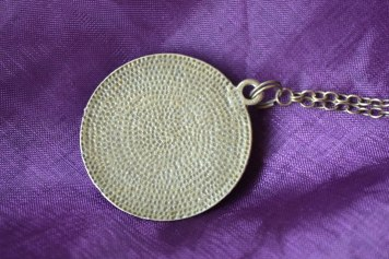 Back of the pendant
