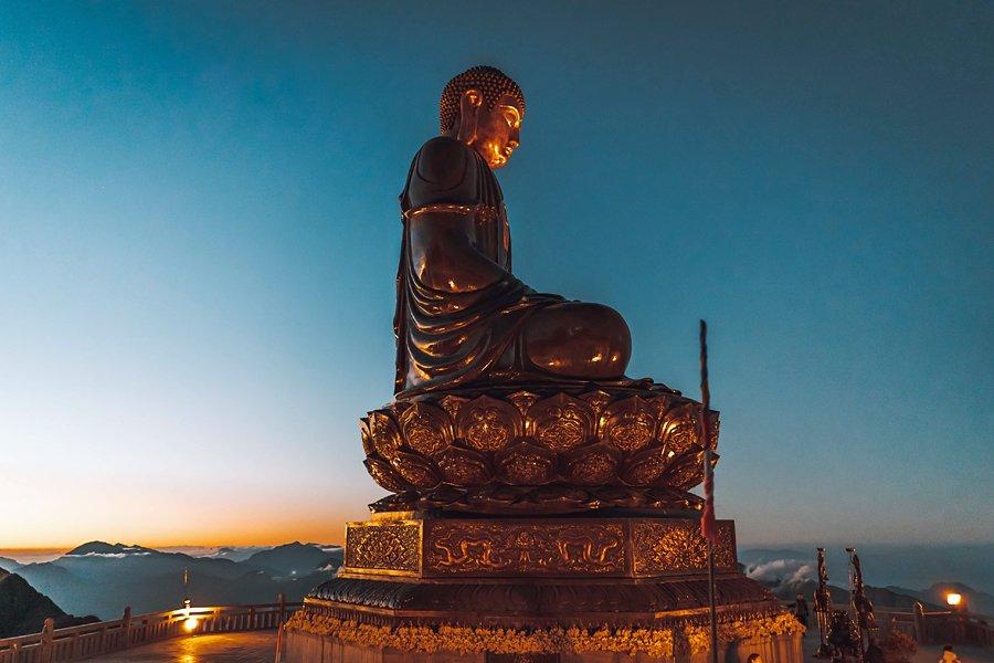 The Grand Buddha, Fabsipan peak, Sapa, Vietnam