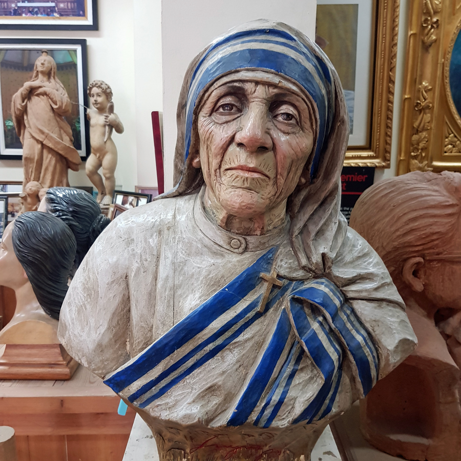 Mother Teresa _ Arts and Crafts in the Philippines