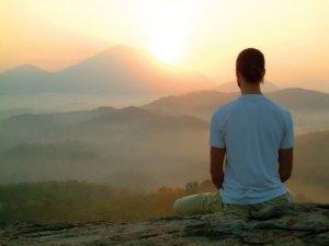 Медитация-в-горах