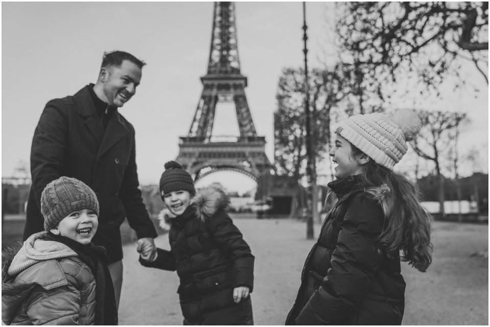 Simoneau Family Paris Photoshoot_MRG Photography-183.jpg